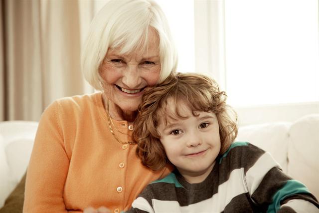 Vom rechtzeitigen Sparen profitiert man im Alter am meisten. - Foto: djd/Deutsche Vermögensberatung